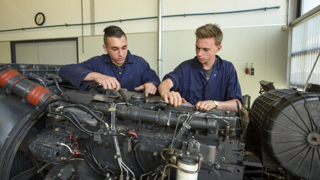 Studenten Automotive College
