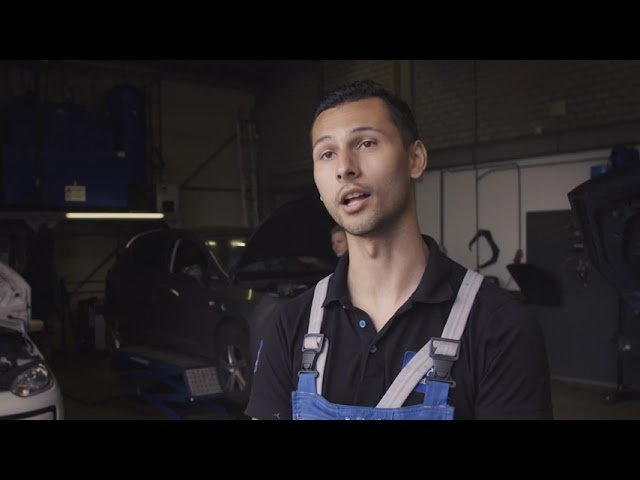 YouTube video - Ronny over zijn bbl-opleiding tot eerste automonteur